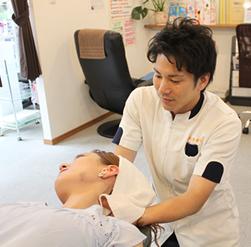 首・肩の痛みの治療法は?